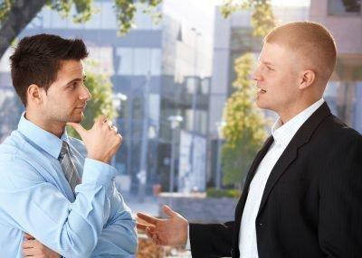 Как разговорить замкнутого человека
